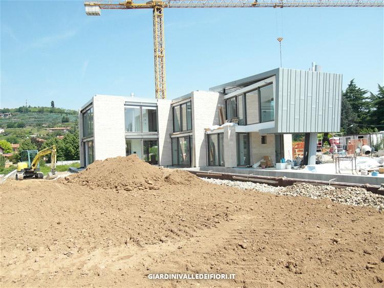 Privati villa moderna con parco e piscina progettazione giardini - Progetti ville con piscina ...