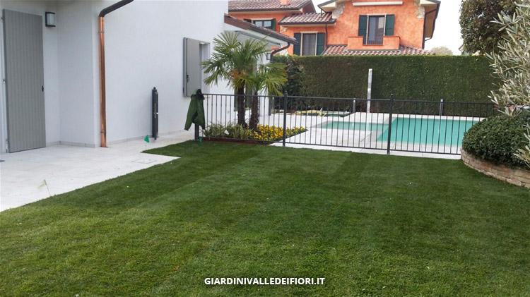 Privati riqualificazione di un giardino esistente for Giardini progetti